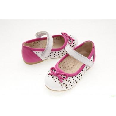 Детски обувки от естествена кожа
